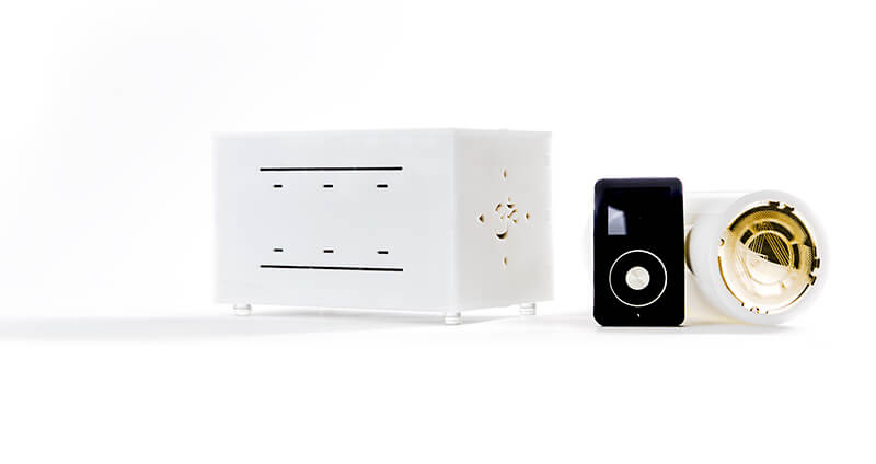 Miracle iQube Amplifier Left Digital Player Miracle on Side Right